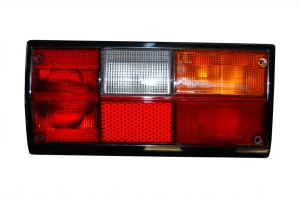 T25 79-92 Rear Tail Light Right - ULO Bulb Cluster