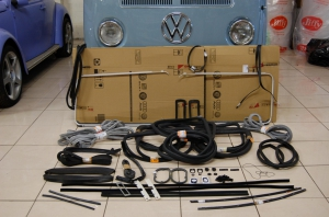 Baywindow Bus Complete Deluxe Rubber Kit - 1968-71 - LHD With Opening Quarter Lights